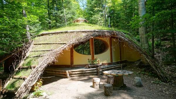 Hobbit House at Toits du Monde - Exploring Alternatives 2