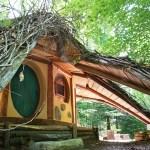 Hobbit House at Toits du Monde - Exploring Alternatives