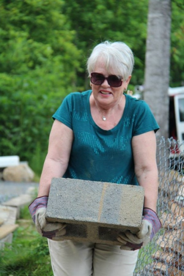 Homeless 83-year-old Widow Gets Tiny Home 09