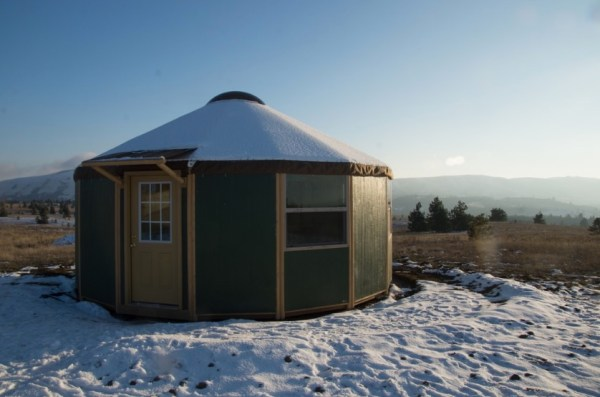 How to Build Your Own Freedom Yurt Cabin 001