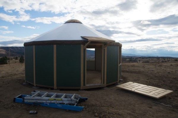 How to Build Your Own Freedom Yurt Cabin 0030