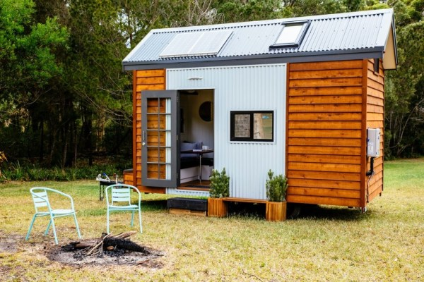 Independent Series 4800DL Tiny House on Wheels by Designer Eco Homes 001