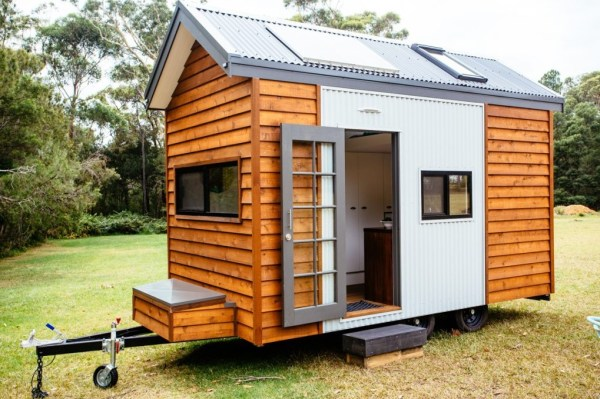 Independent Series 4800DL Tiny House on Wheels by Designer Eco Homes 0012