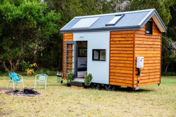 Independent Series 4800DL Tiny House on Wheels by Designer Eco Homes 0013
