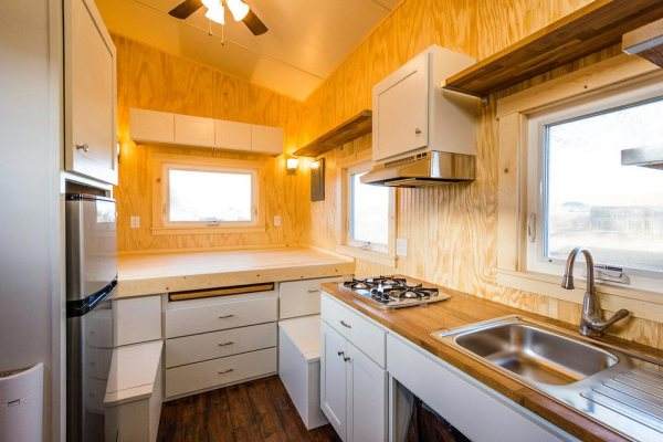 Jessica S 16 Ft Mitchcraft Tiny Home