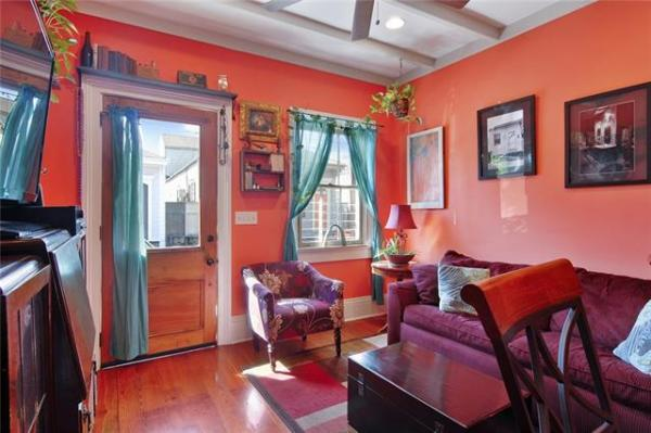 Jewel Box Cottage in NOLA For Sale 003