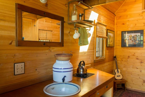 Dee Williams Kozy Kabin Tiny House