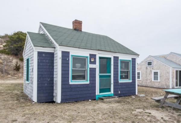 Little Purple Cottage on Cape Cod Bay