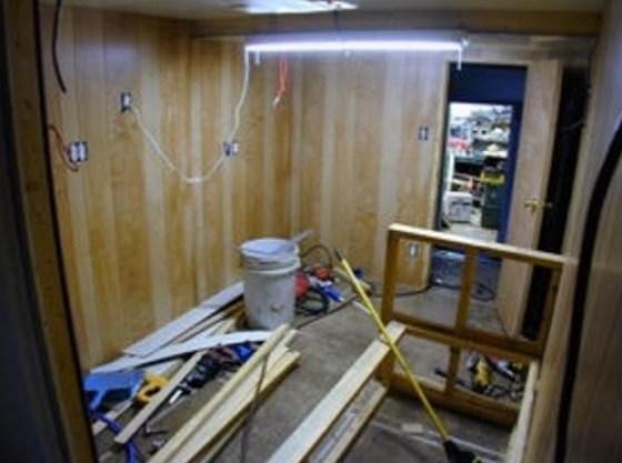 Living in my Box Truck by Bill Cogar II via TinyHouseTalk-com 004