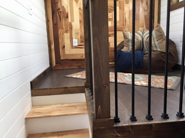 Lookout Tiny House 003