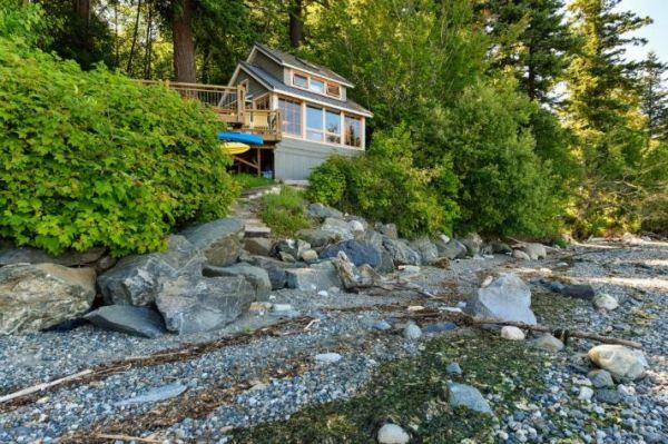 Lummi Island Cottage 0018
