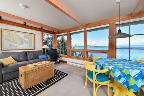 Lummi Island Cottage 005