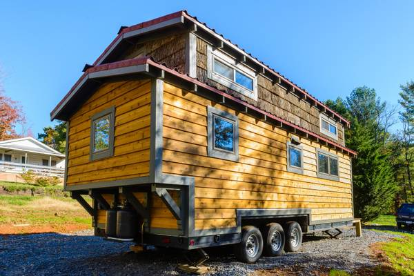 luxury-tiny-house-for-sale-in-asheville-003