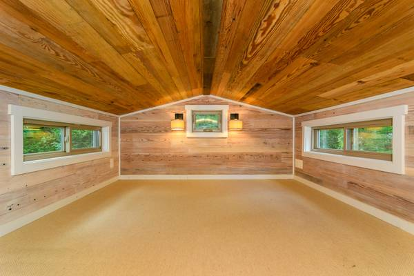 luxury-tiny-house-for-sale-in-asheville-019