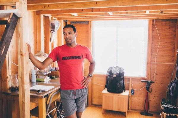 Man Building Cheap DIY 200 sq ft Tiny Home on Wheels 004