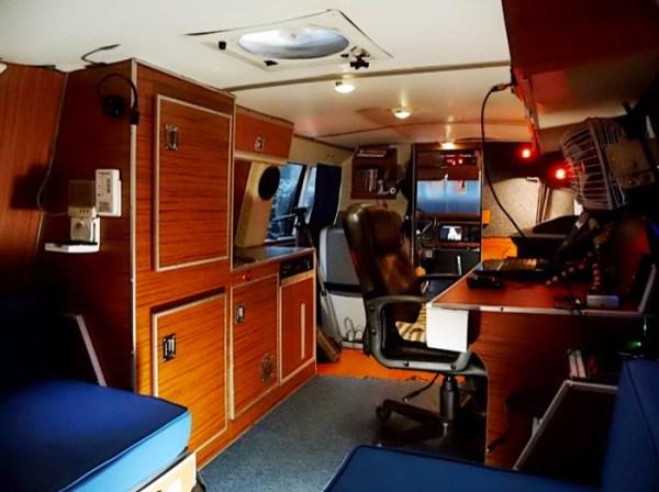 Mans DIY Micro Office and Camper Van 0017