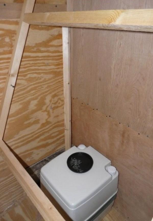 Mans DIY Stealth Cargo Trailer Tiny House 0011