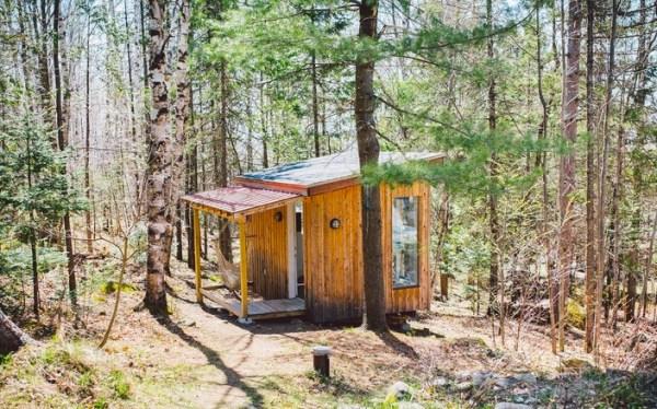 Beautiful Micro Cabin Used as Clay Art Studio