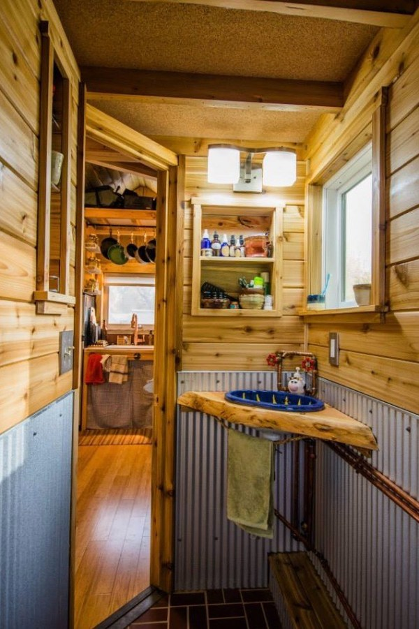 MitchCraft Tiny Homes 18 THOW 0012