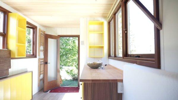 Modern Shepherd Hut Tiny House by Gute 003