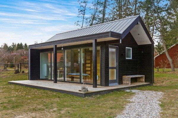 Modern Tiny Cabin For Sale 001