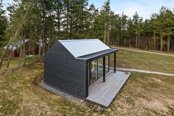 Modern Tiny Cabin For Sale 0016