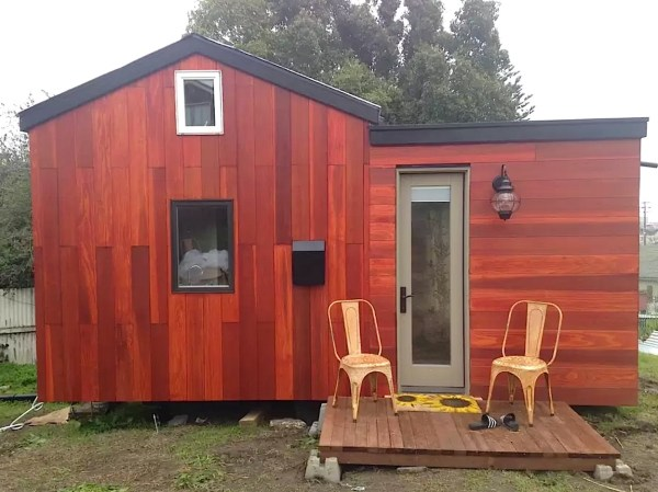 Modern Tiny House Vacation in Oakland 0010