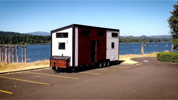Modern Tiny House by Innovate Tiny – 28ft Catalina 0013