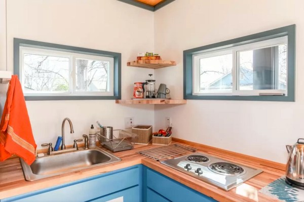 Modern Tiny House in Austin 009