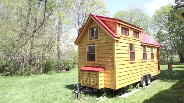 Mortgage-free Tiny House 005