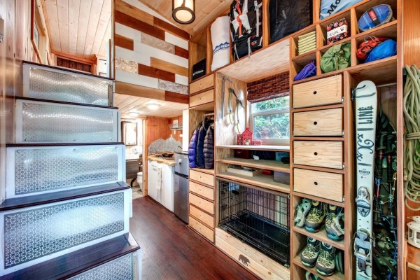 Mountaineer Tiny Home with Rooftop Deck 0010
