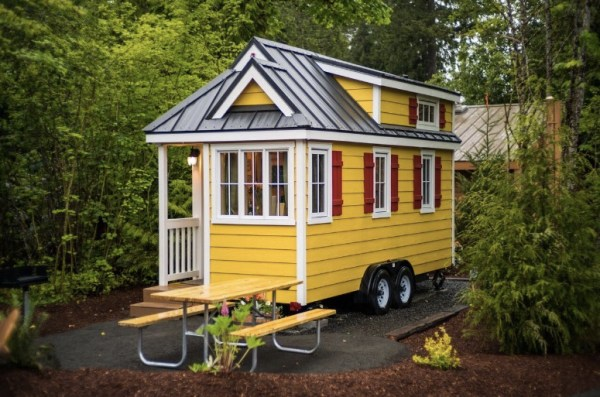 Mt Hood Savannah Tiny House Community via TinyHouseTalk-com 001
