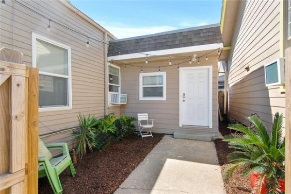 NOLA Tiny House For Sale 008