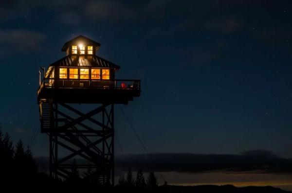Off-Grid Lookout Tower Cabin in Tiller 0026