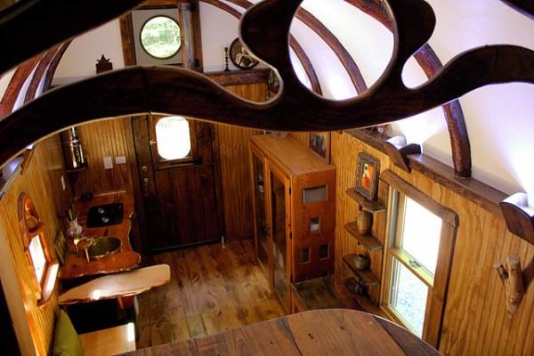 old-time-caravan-tiny-house-004