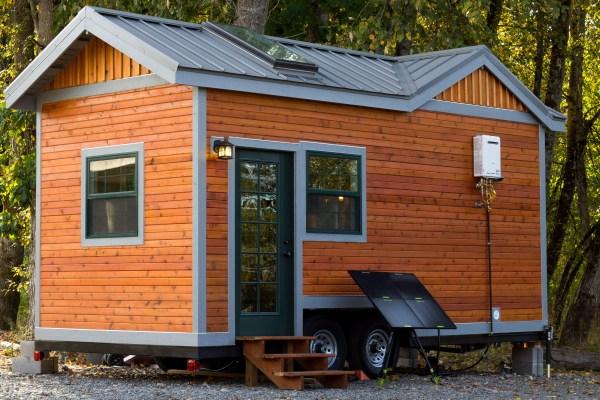 Oregon Trail by Tiny Smart House_004