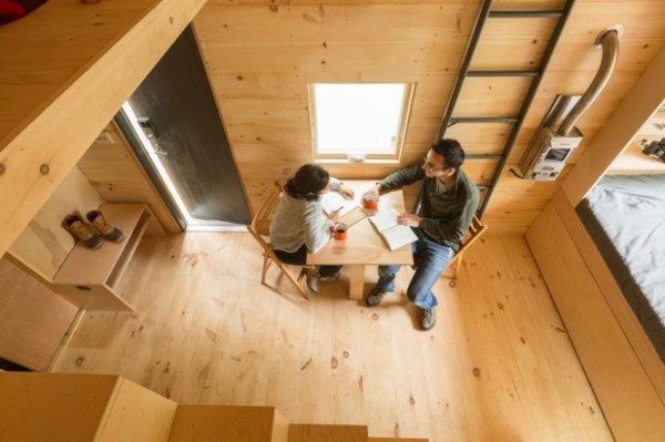 Tiny House on Wheels Vacation in Boston by Millenial Housing Lab and Getaway House 002