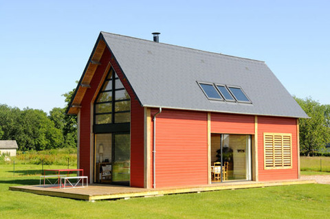 Petite-French-Country-House-Loft-007