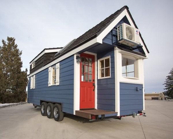 Porchlight Tiny House by Hideaway Tiny Homes_001