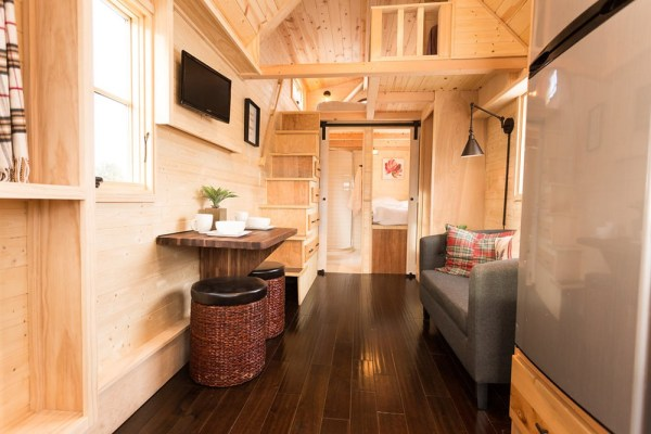 Porchlight Tiny House by Hideaway Tiny Homes_006