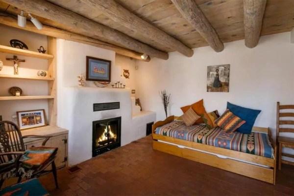 Pueblo-Style Solar Home For Sale in Santa Fe 005