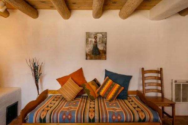Pueblo-Style Solar Home For Sale in Santa Fe 006