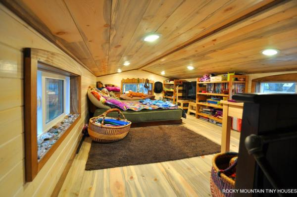 red-mountain-34-tiny-house-by-rocky-mountain-tiny-houses-10