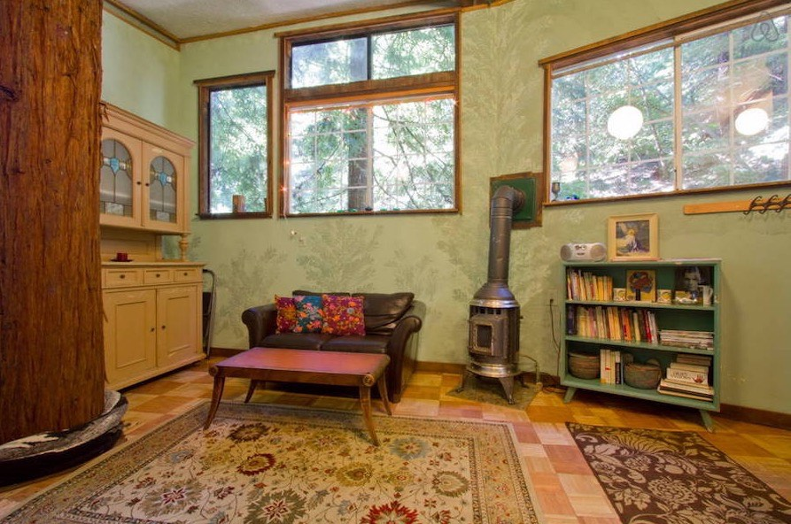 Tiny Treehouse Cabin In Santa Cruz Mountains