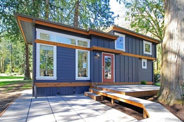 Salish Cottage 001