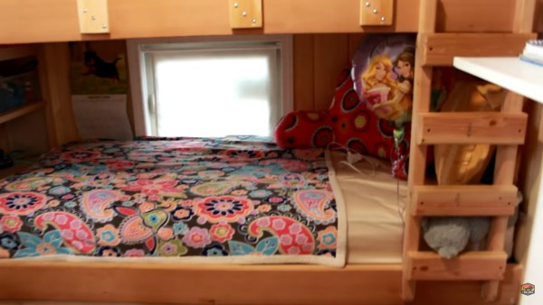 Mom and Daughter's Fantastic Tiny House with a Bunkroom