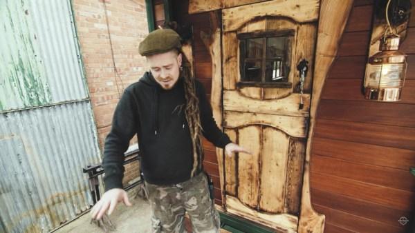 Helga: An Amazing Horsebox Renovation