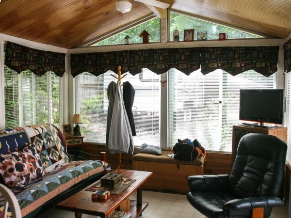 Seaside Tiny Home with Yurt