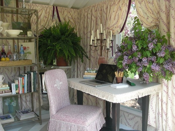 interior view garden she shed