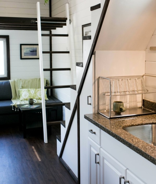 Shannons Custom Tiny Home on Wheels 009